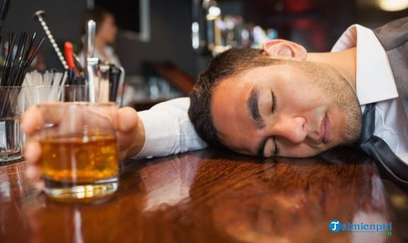 hangover nghia la gi