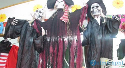 cua hang ban do halloween o da nang 2
