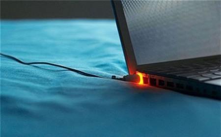 dung pin laptop dung cach