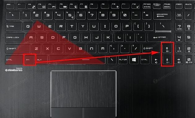 tang giam do sang man hinh laptop msi nhanh 2